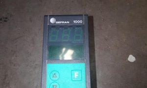 Gefran 1000 Temperature Controller