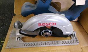 Bosch 18V cordless saw c/w blade